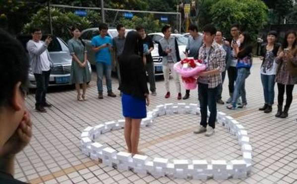 Cô gái từ chối lời cầu hôn của chàng lập trình viên