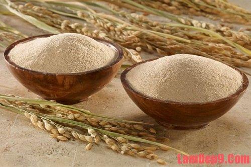 Cách tẩy da chết bằng cám gạo, cách làm đẹp da bằng cám gạo