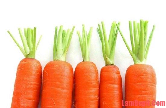 Mẹo làm thức uống đẹp da đơn giản tại nhà với cà rốt